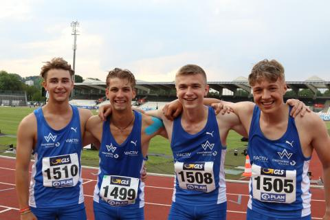 Die 4x100m-Staffel der U18 gewinnt Bronze in Ulm (Foto: TV01)