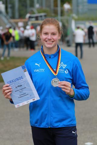 Pia Northoff gewinnt im Diskuswerfen der WJ U20 (Foto: TV01)