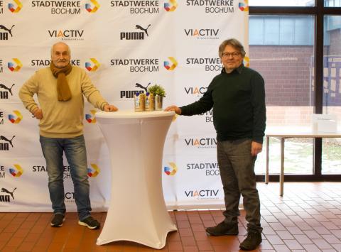 Klaus Retsch (li. / TV Wattenscheid 01) und der neue Bezirksbürgermeister Hans-Peter Herzog (Foto: TV01)
